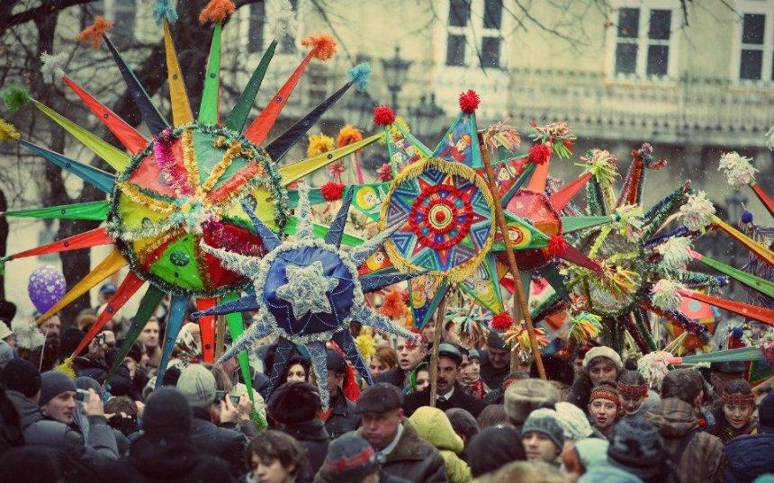 Праздничное шествие и концерт: на Софийской площади отметят Рождество