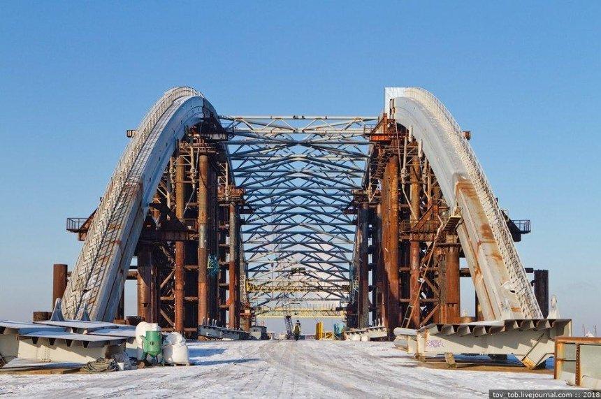 Кличко рассказал, когда Подольский мост откроют для машин