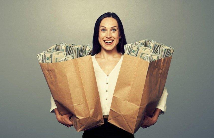 Насколько выросла средняя зарплата украинцев