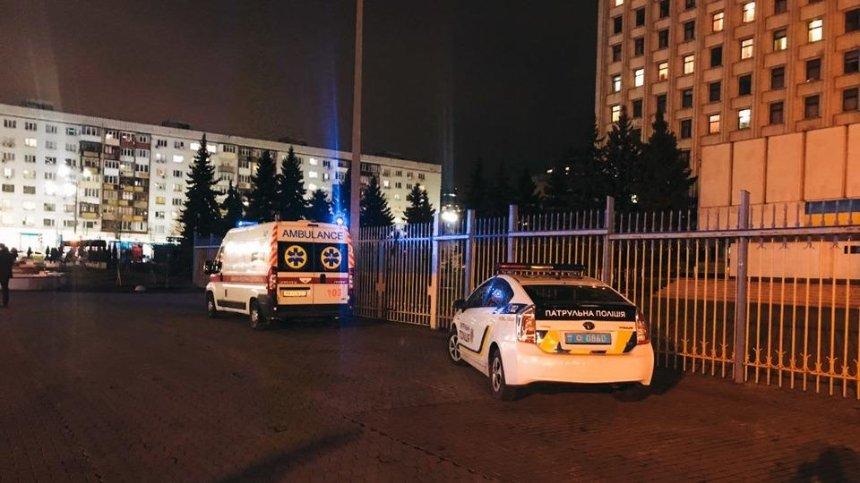 В здании киевского ЦИК застрелился мужчина