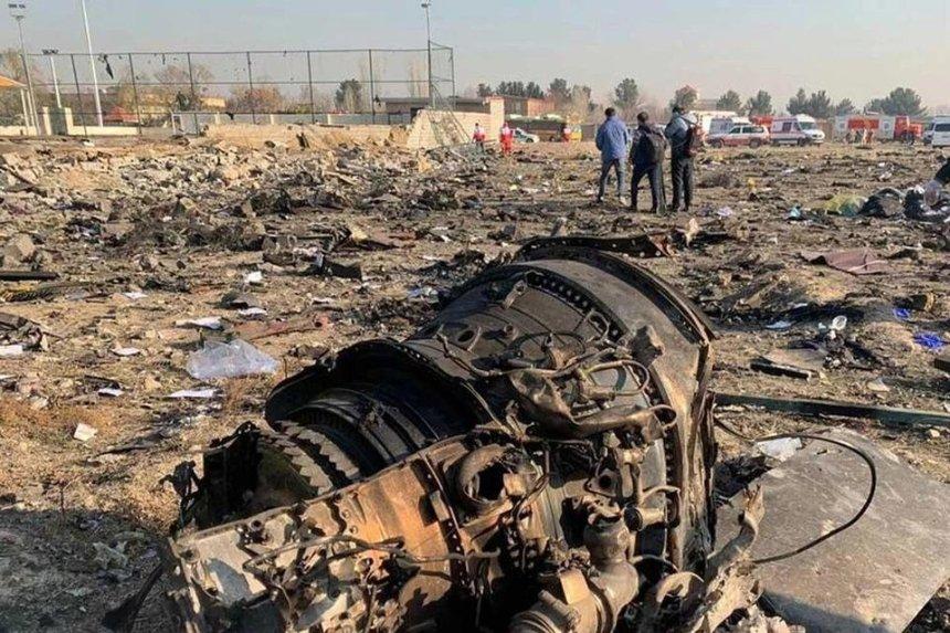 «На двигателях нет следов пожара»: украинские эксперты осмотрели часть самолета МАУ