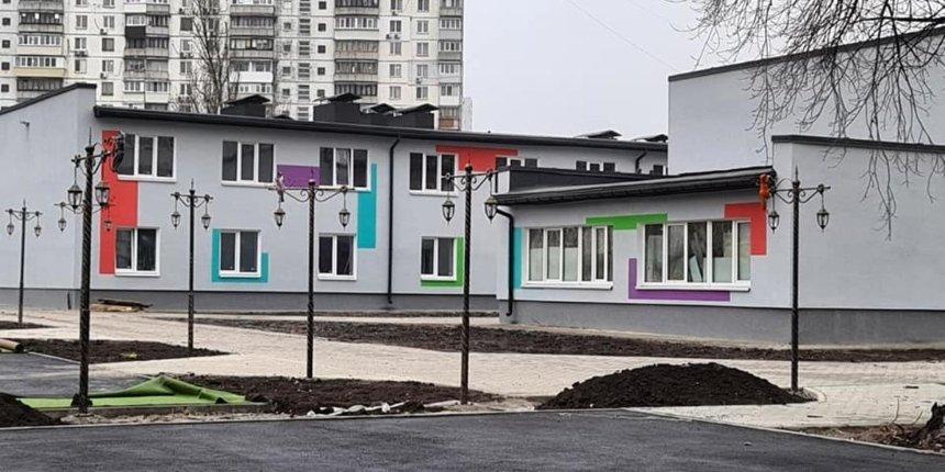На Березняках реконструируют заброшенный детский сад: как он сейчас выгдялит