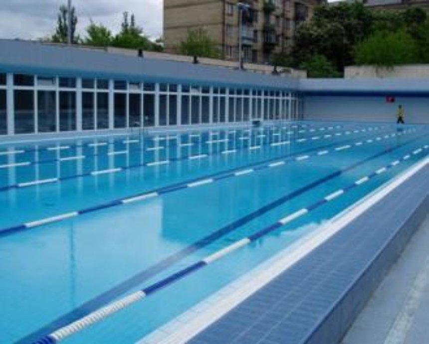 В Святошинском районе откроют спортзал и два бассейна