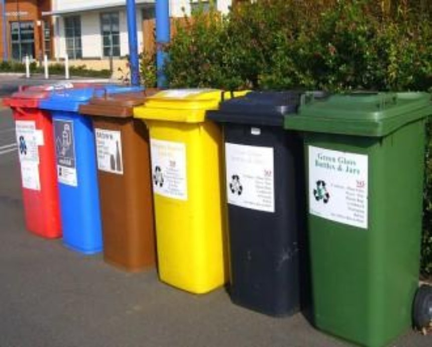 Киеврада рассмотрит вопрос о раздельном сборе бытовых отходов