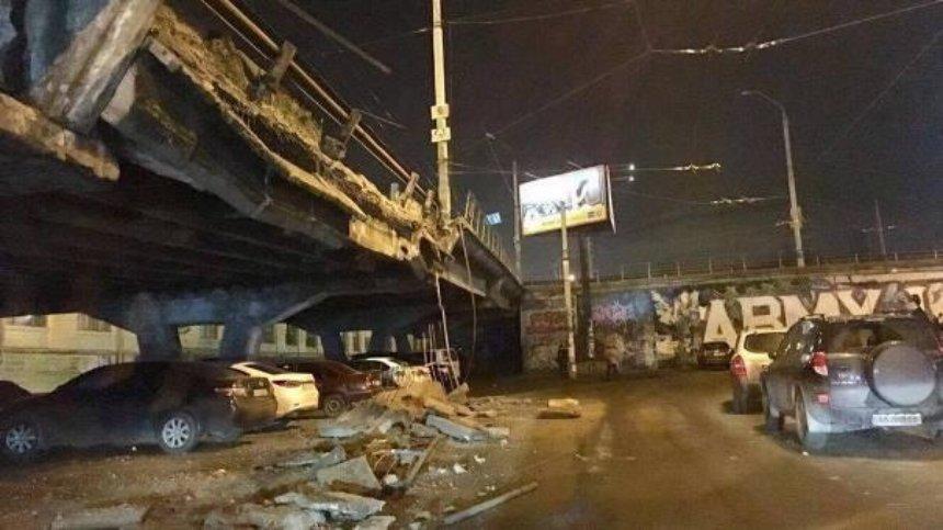 Кличко проинспектировал обвалившийся мост на Шулявке