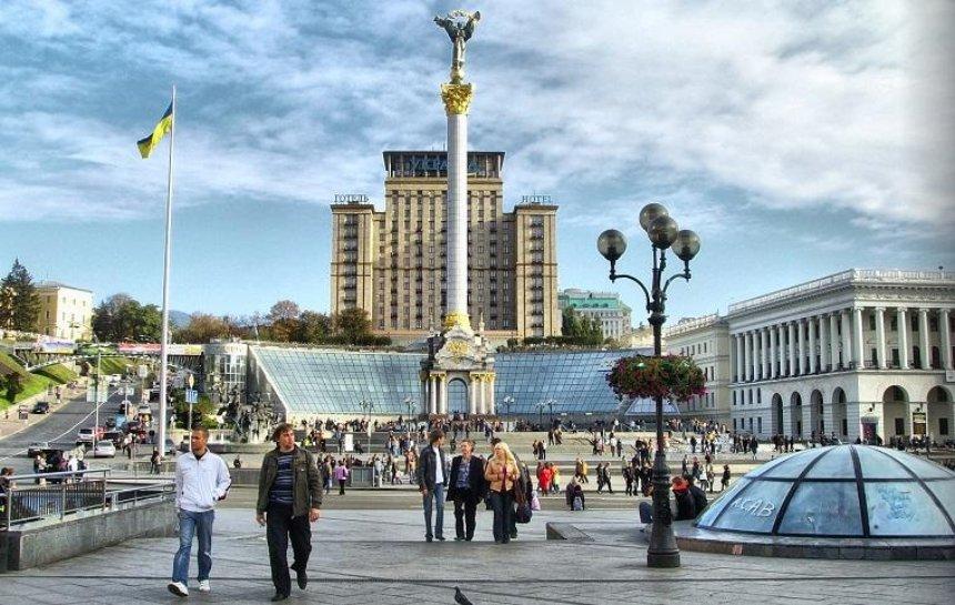 На Майдані Незалежності відремонтують гранітне покриття