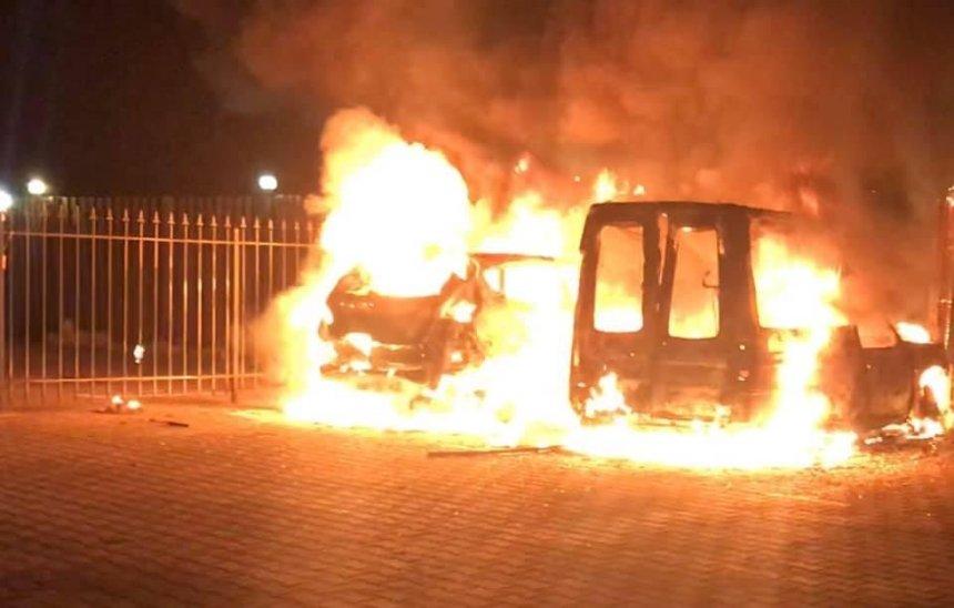 Под Киевом журналисту сожгли машину: он обвиняет военного прокурора (фото, видео)