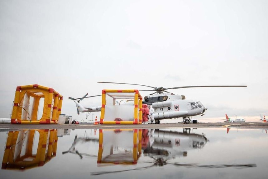 В Украине специальный вертолет будет перевозить людей с подозрением на коронавирус