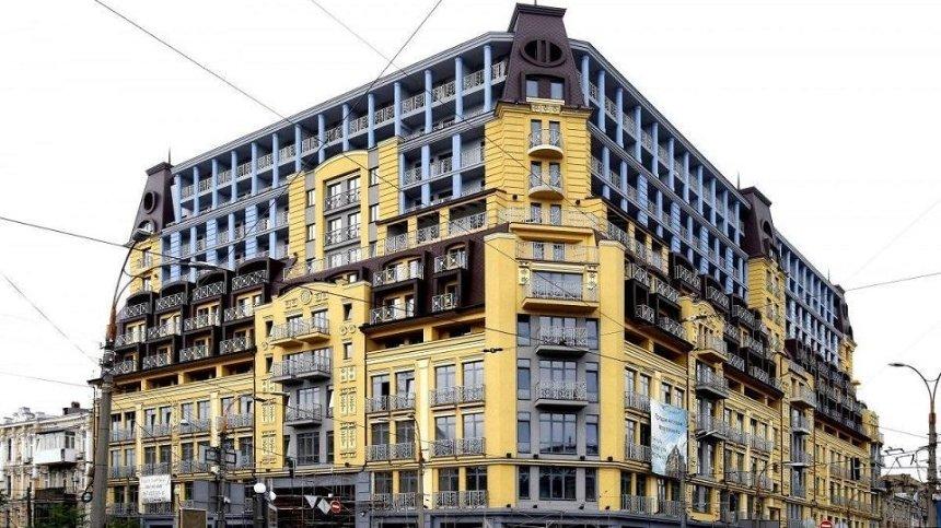 Столичный суд отменил решение о незаконном строительстве дома-монстра на Подоле
