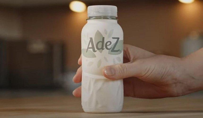 Coca-Cola представила свой первый образец бумажной бутылки