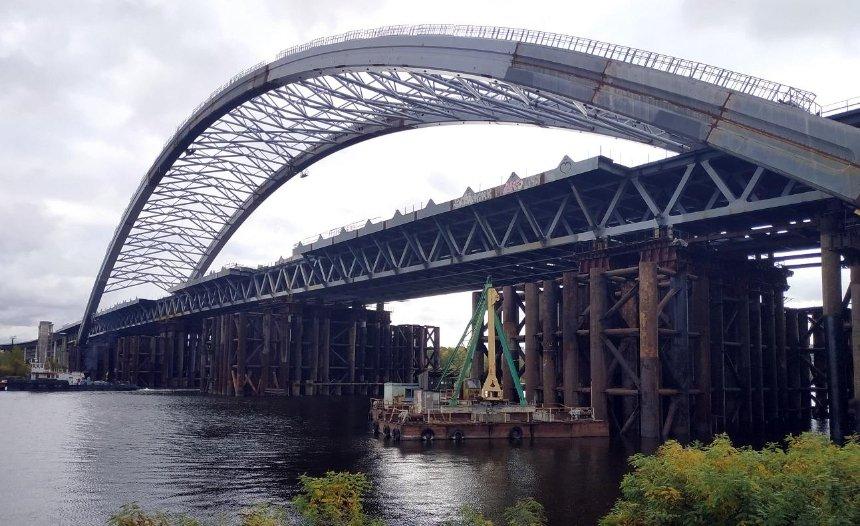 Строительство Подольского моста: «Укравтодор» готов завершить долгострой
