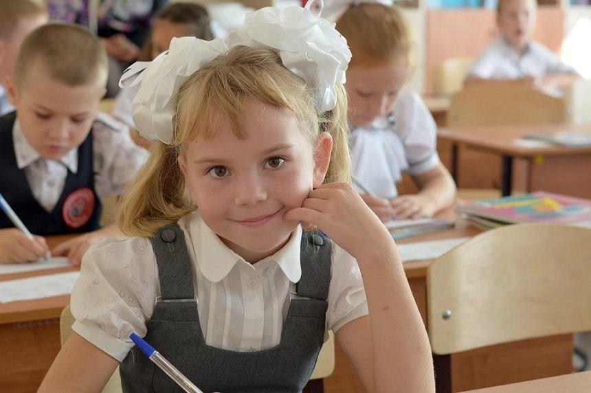 Стало известно, когда в Киеве откроют школы и детские сады
