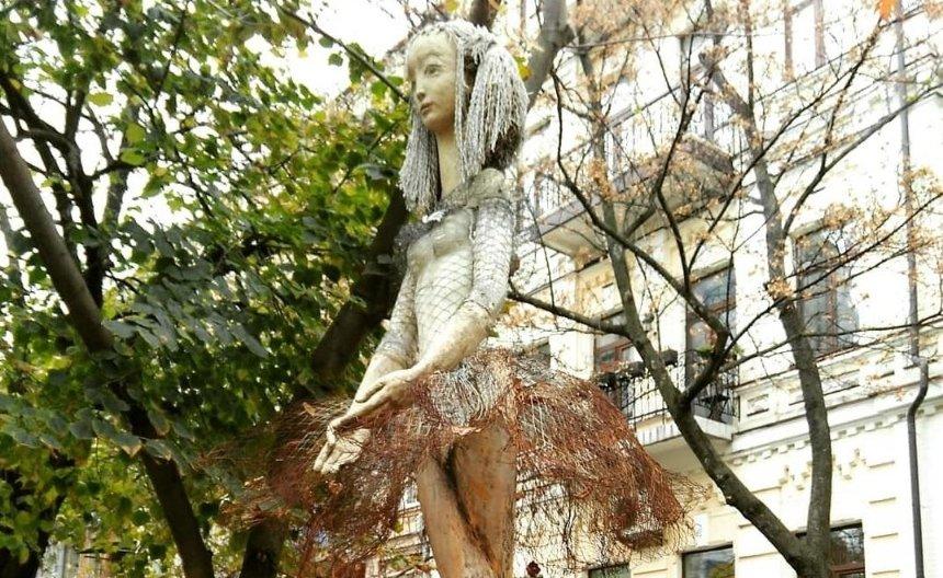 Скульптуру Балерины с улицы Сретенской нашли разбитой