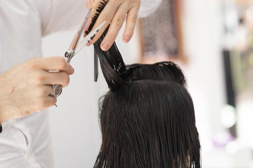 10 украинских парикмахерских будут обслуживать людей с аутизмом