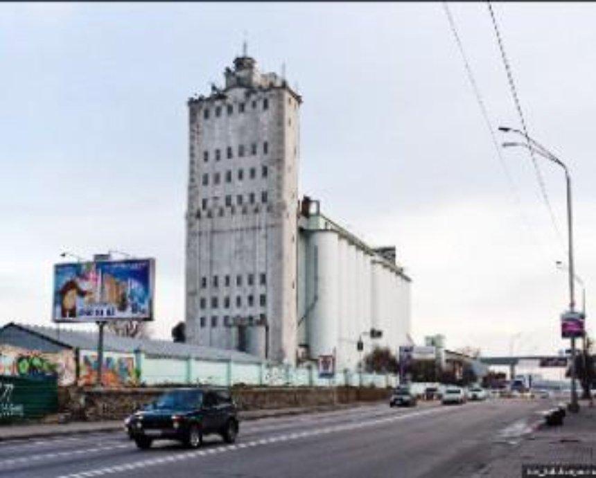 Подол с зерном: анатомия киевского элеватора №1