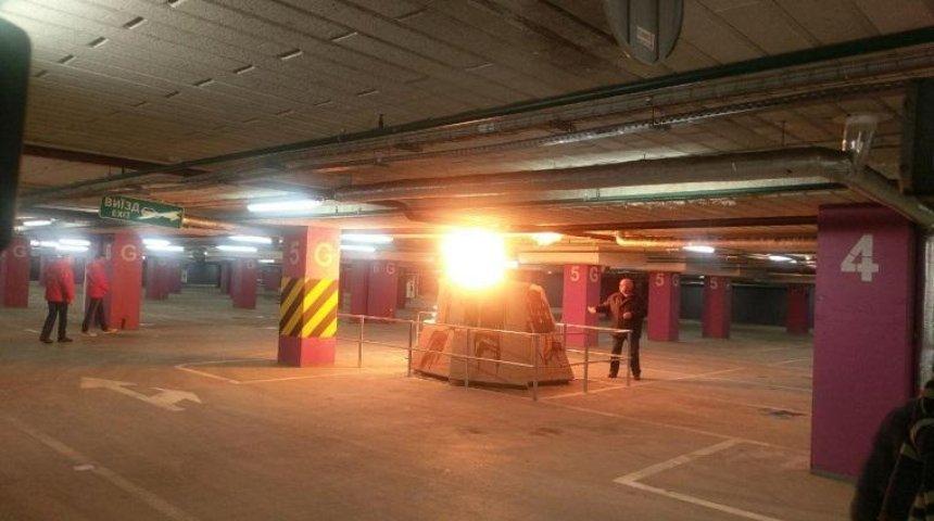 В одном из столичных ТРЦ провели пожарные учения (фото)