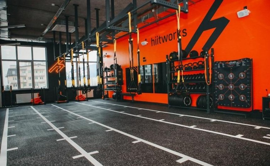 Фитнес-студия для занятых людей hiitworks открылась на Теремках