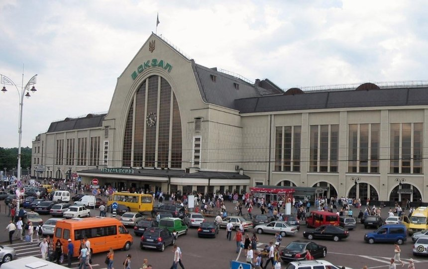 В Киеве просят вернуть трамвай на Вокзальную площадь