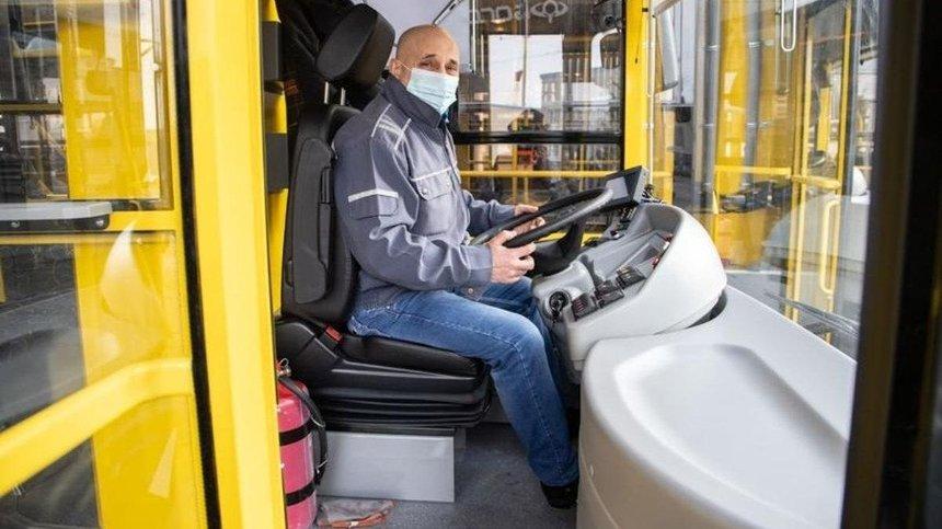 В Киеве могут ввести спецпропуска для проезда в общественном транспорте: названо условие