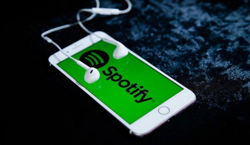 Приложение Spotify перевели наукраинский язык
