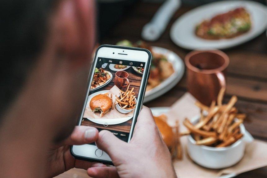 Monobank запустил функцию оплаты в ресторанах через приложение: как она работает