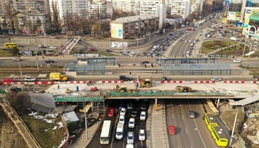 Кличко показал, как ремонтируют Индустриальный мост в Киеве