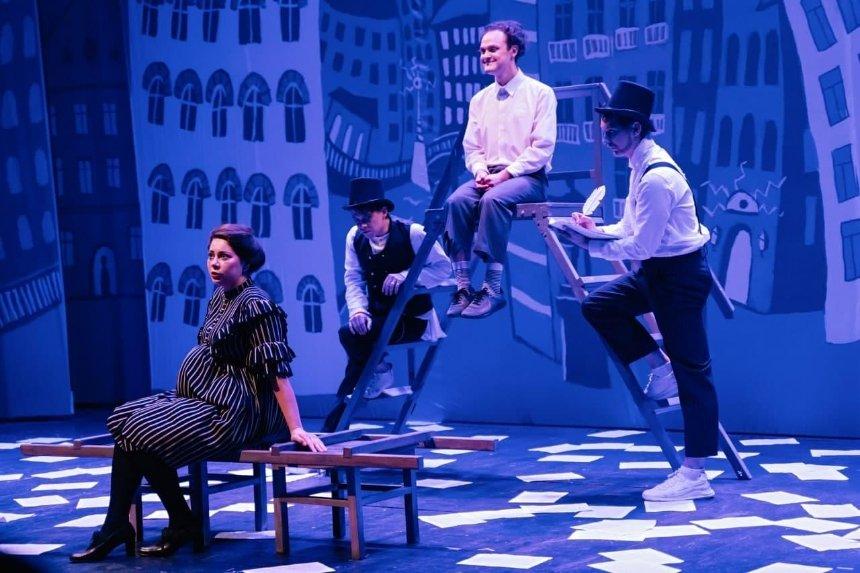 Спектакль «Шинель» попьесе Гоголя можно будет посмотреть онлайн: где икогда