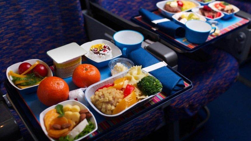 Пассажиры «Интерсити+» съели почти 6тонн бизнес-ланчей: назван самый «голодный» рейс
