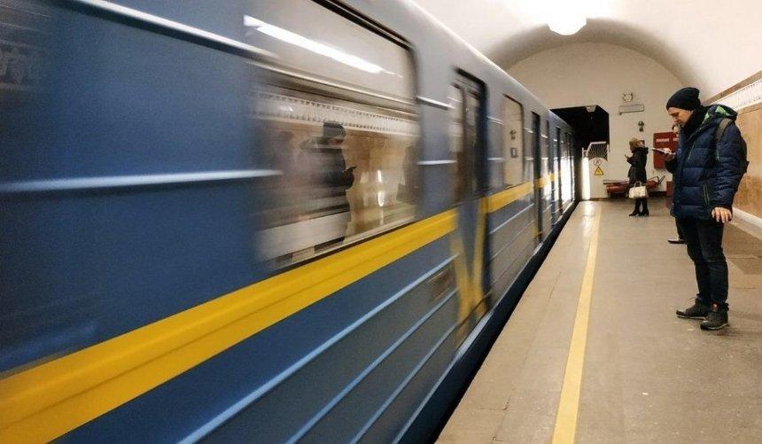 Машинист киевского метро рассказал, каких пассажиров нелюбит больше всего