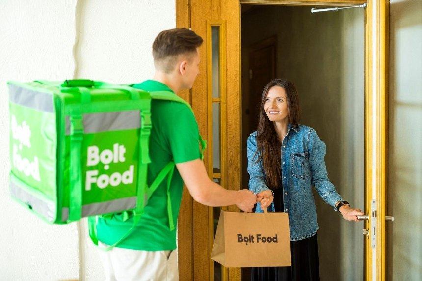 Сервис Bolt Food запустил услугу самовывоза и расширил зону доставки