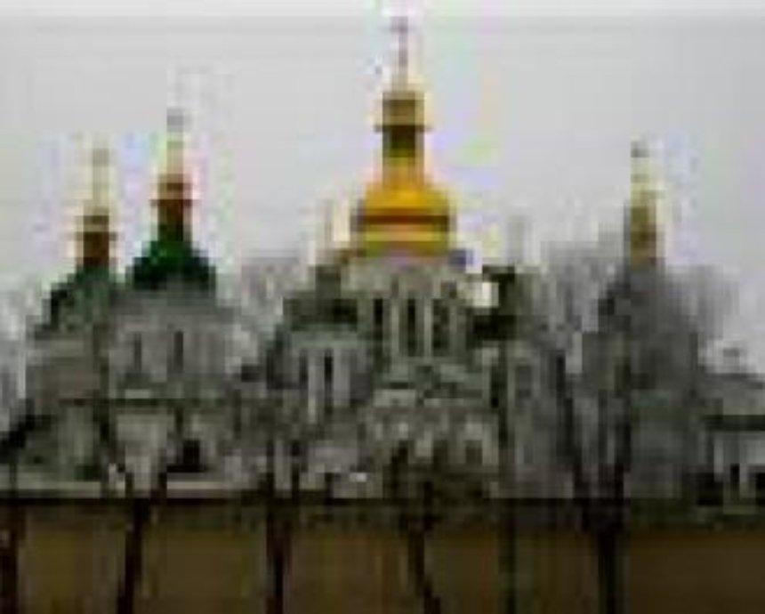 Киевлянам покажут мебель и посуду киевских митрополитов