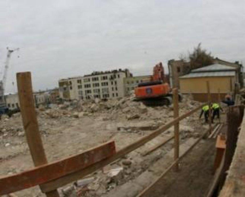 СКМ не будет строить торгово-офисный центр на ул Фроловской и сохранит Андреевский спуск