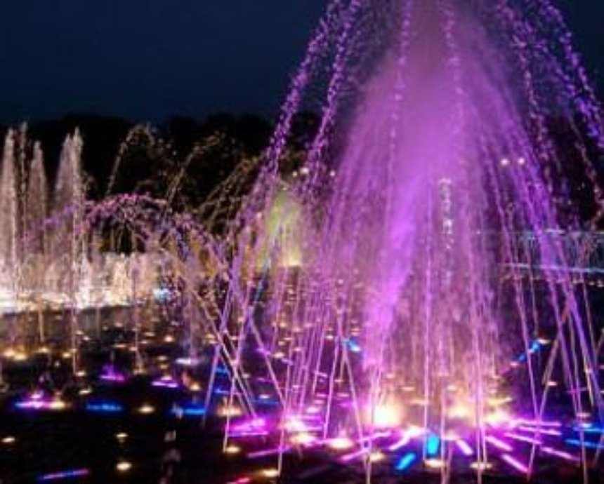 В Киеве сегодня заработает светомузыкальный фонтан на Крещатике