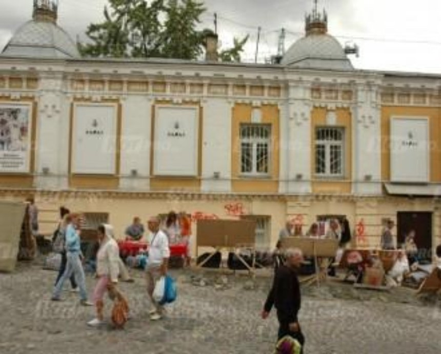 Попов проинспектировал ход реконструкции Андреевского спуска