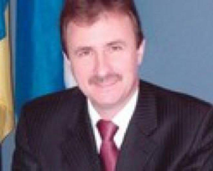 Попов уже согласен на выборы в июле