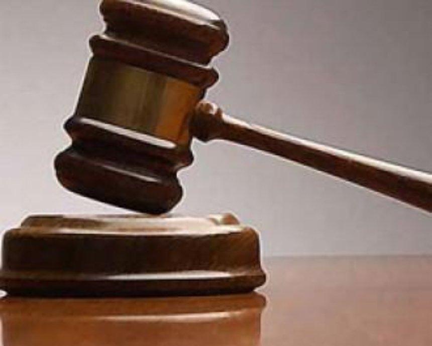 Предприниматели незаконно заняли на о. Труханов земучасток стоимостью 5,4 млн грн