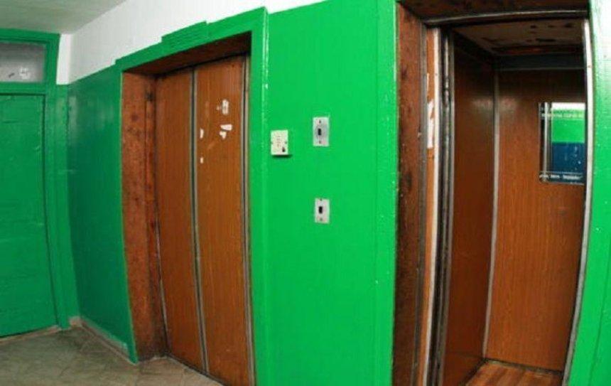 Падения не было: чиновники прокомментировали обрыв лифта на Троещине