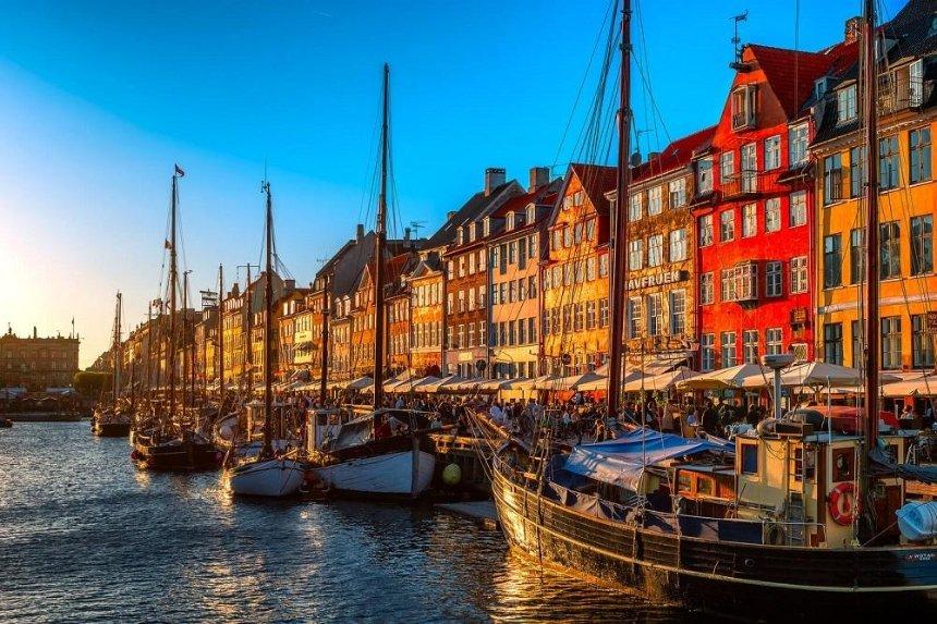 МАУ возобновила перелеты в Копенгаген