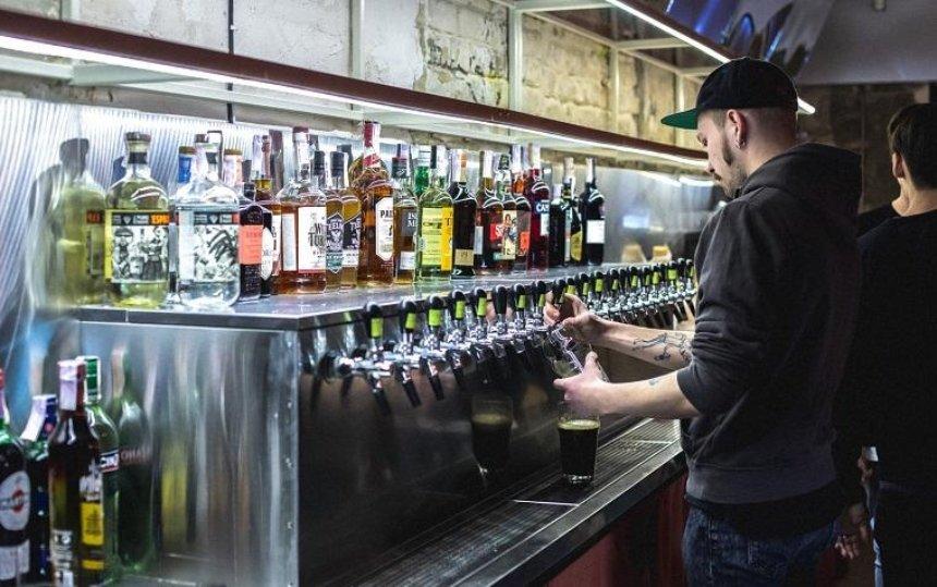 На Подоле открылся Gonzo Bar с крафтовым пивом (фото)