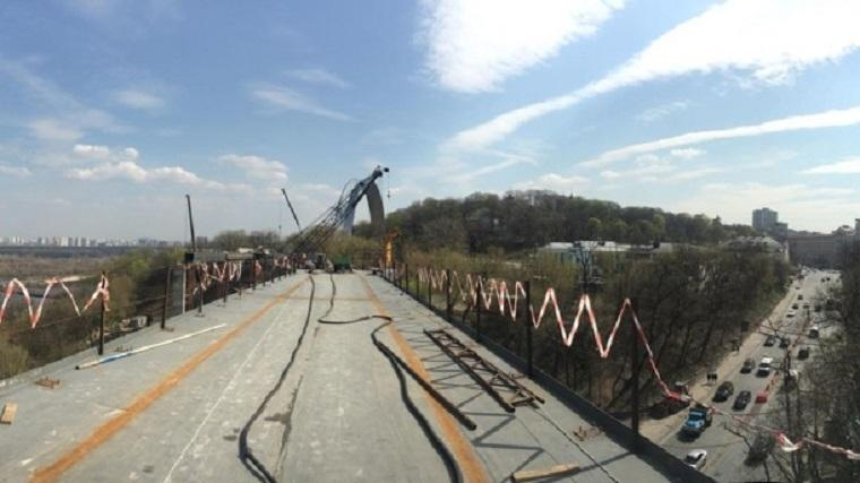 Что можно будет увидеть с туристического моста в центре Киева (фото)