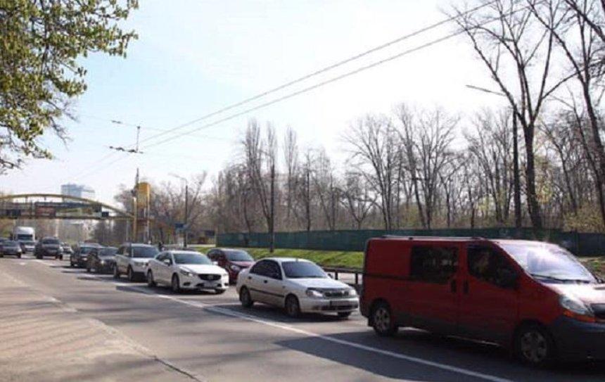 Улицу Елены Телиги очистили от рекламы (фото)