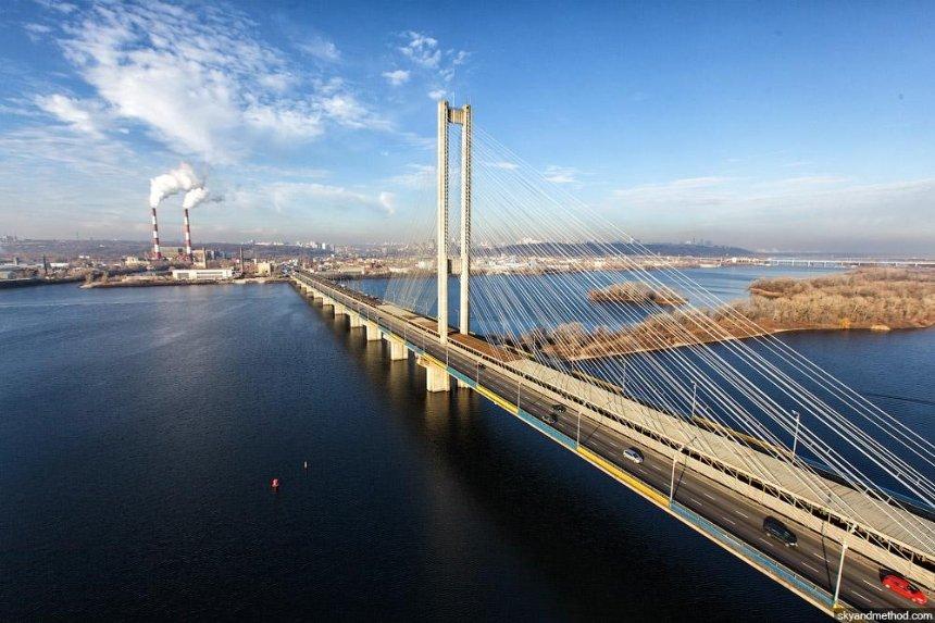 На Южном мостовом переходе частично перекроют движение транспорта