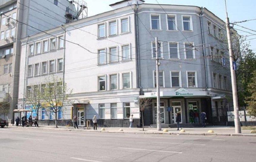 Улицу Антоновича очистили от рекламы (фото)