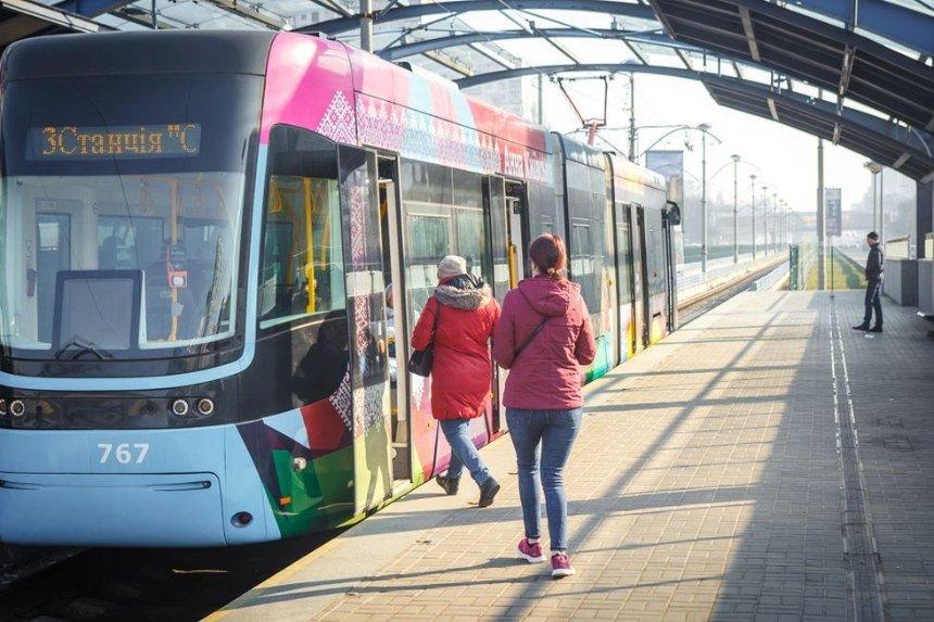 Общественный транспорт не запустят раньше 11 мая, — Шмыгаль