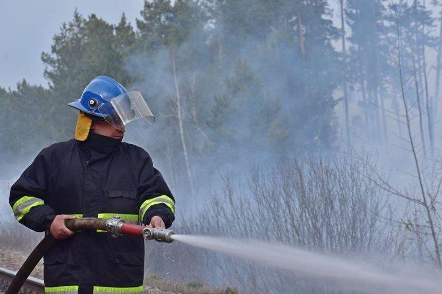 К тушению пожаров в Чернобыльской зоне привлечена тяжелая инженерная и военная техника