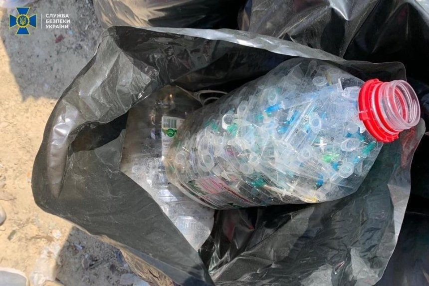 На Киевщине тонны зараженных отходов с инфекционных больниц свозили на обычные свалки, — СБУ