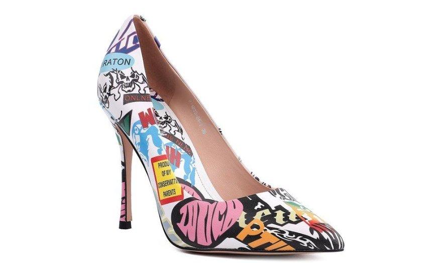 Онлайн-шопинг на карантине: покупайте безопасно туфли, босоножки и не только