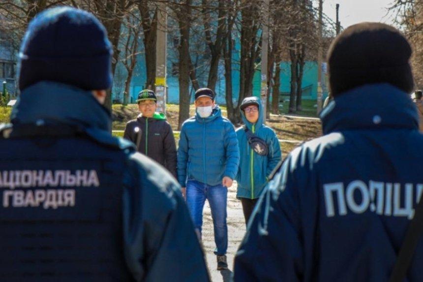 «Больше полиции»: в Киеве усилят контроль за соблюдением карантина в выходные