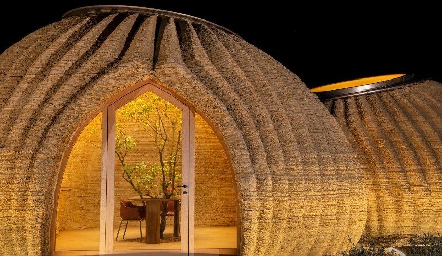 Из глины и рисовой шелухи: в Италии на 3D-принтерах напечатали экологичное жилье