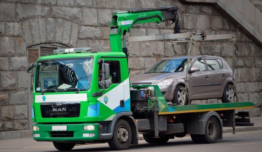 Нарушения правил парковки: зачто чаще всего штрафуют водителей вКиеве
